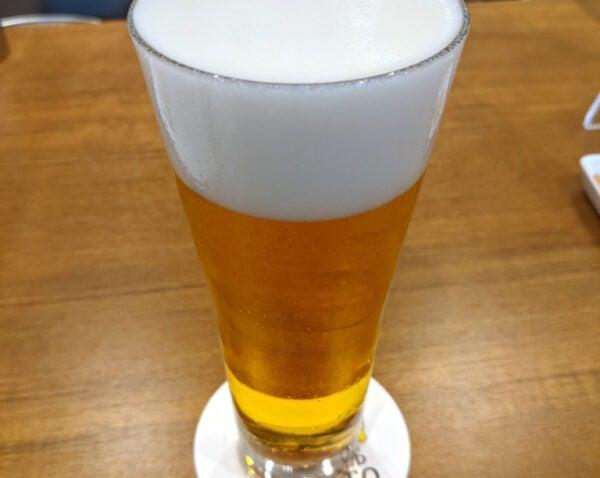 きれいな泡のビール
